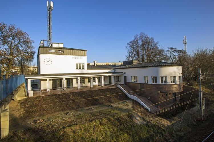 Dworzec w Piasecznie walczy o tytuł w europejskiej odsłonie konkursu Fasada Roku!