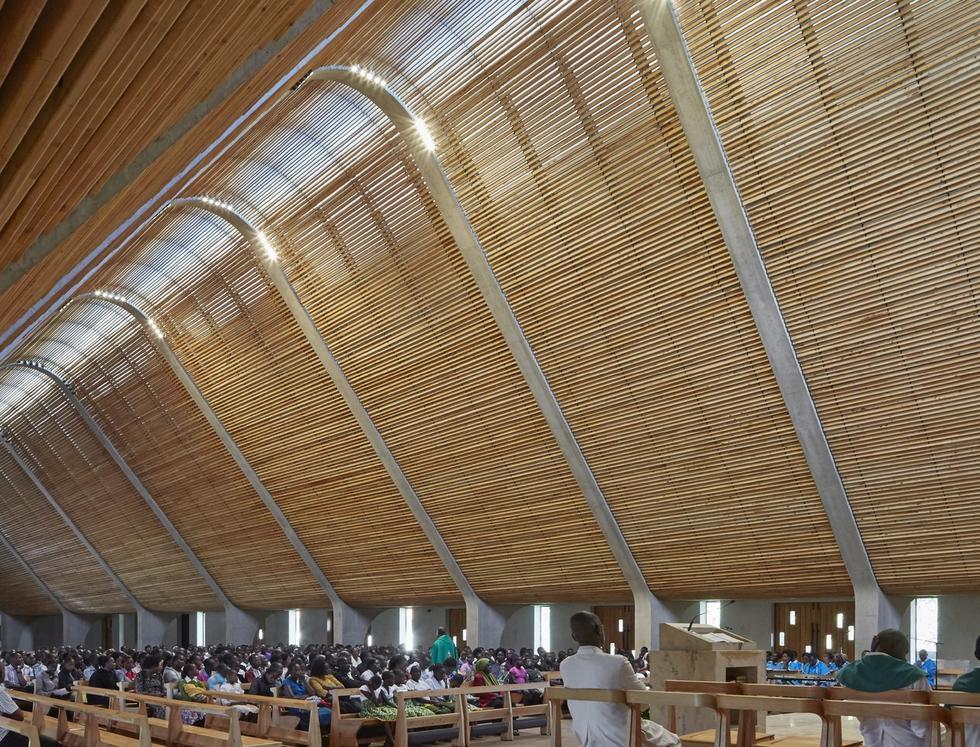 Nowoczesna katedra – jak to się robi w Afryce