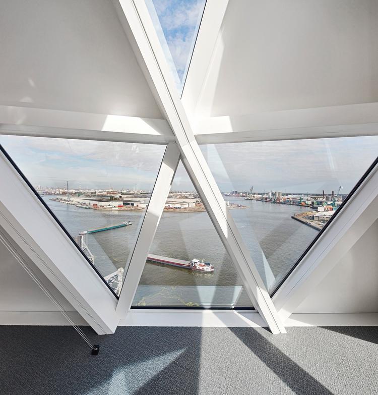 Budynek administracyjny portu w Antwerpii