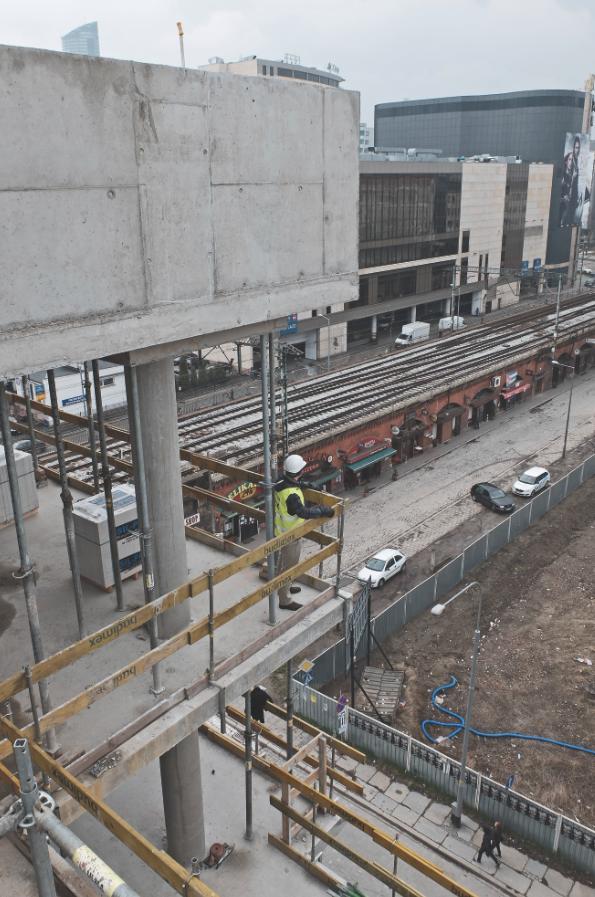 Widok na estakadę kolejową przy ulicy Bogusławskiego, Wrocław