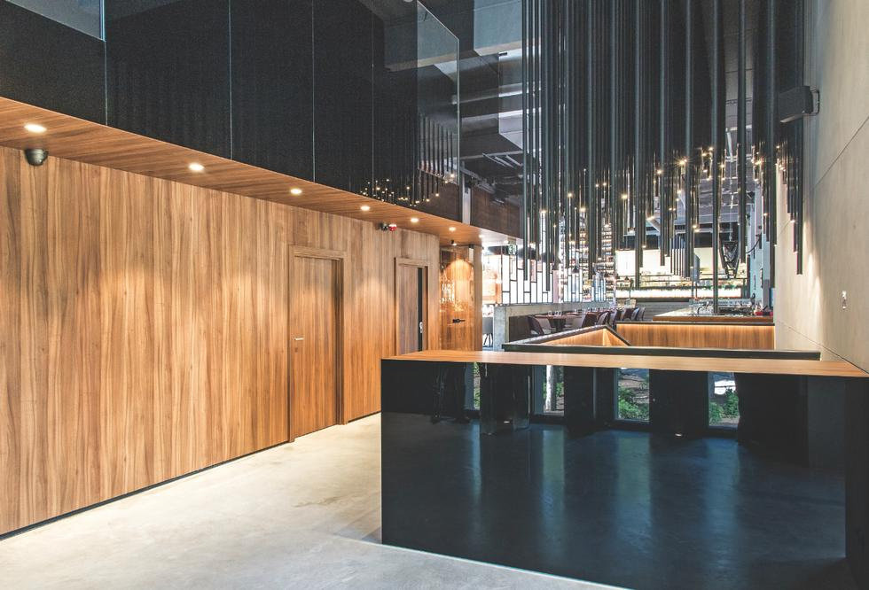 Restauracja Stixx Bar & Grill w Warszawie, strefa wejściowa