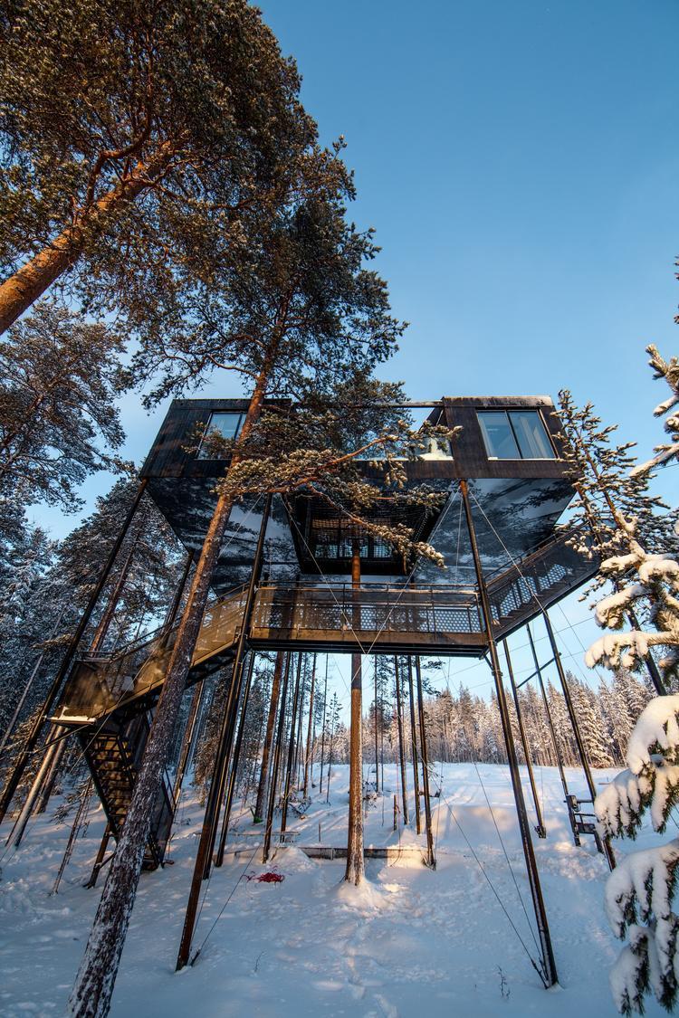 Siódmy pokój - domek na drzewie projektu Snohetta