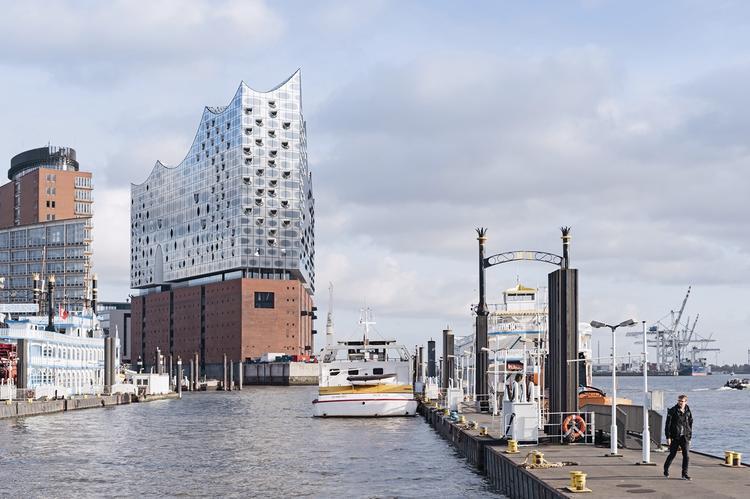 Filharmonia w Hamburgu. Widok od strony północno-zachodniej