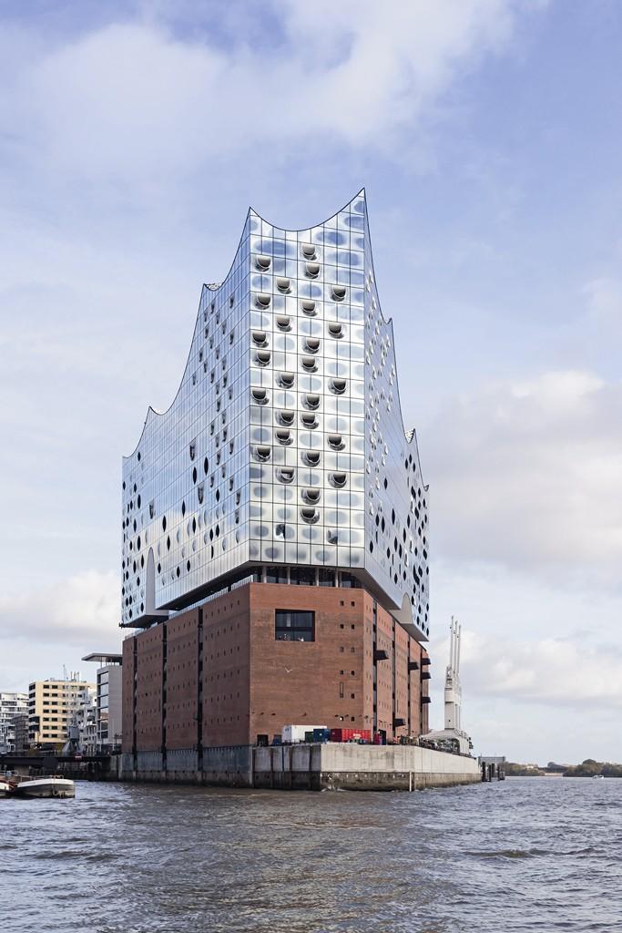 Filharmonia w Hamburgu. W porcie