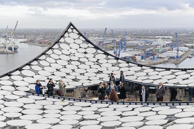 Taras widokowy na dachu. Fot. © Iwan Baan