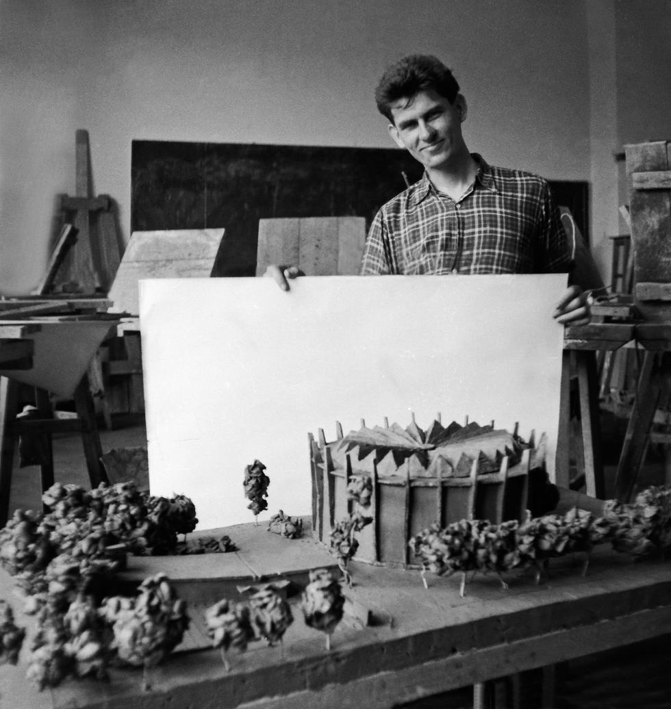 Marek Dziekoński – mistrz rzeźbiarskiego modernizmu