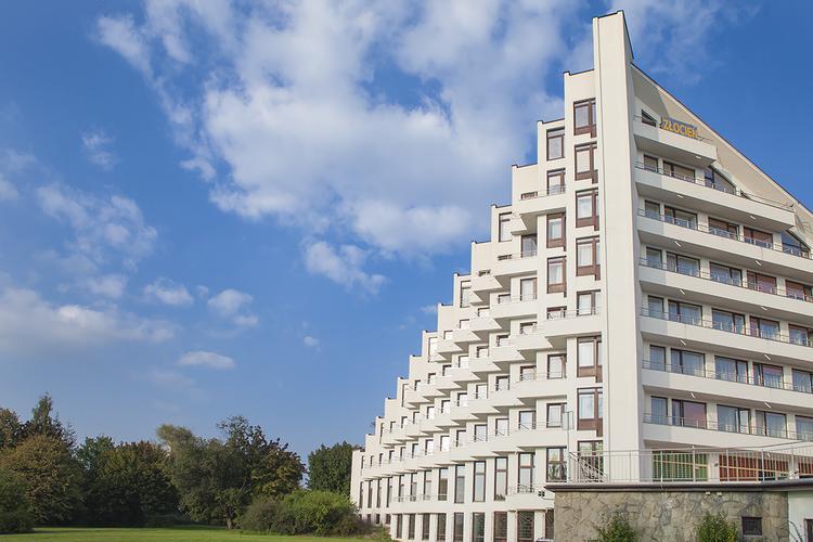 """""""Uzdrowisko. Architektura Zawodzia""""– powstał film o ikonie polskiej architektury"""