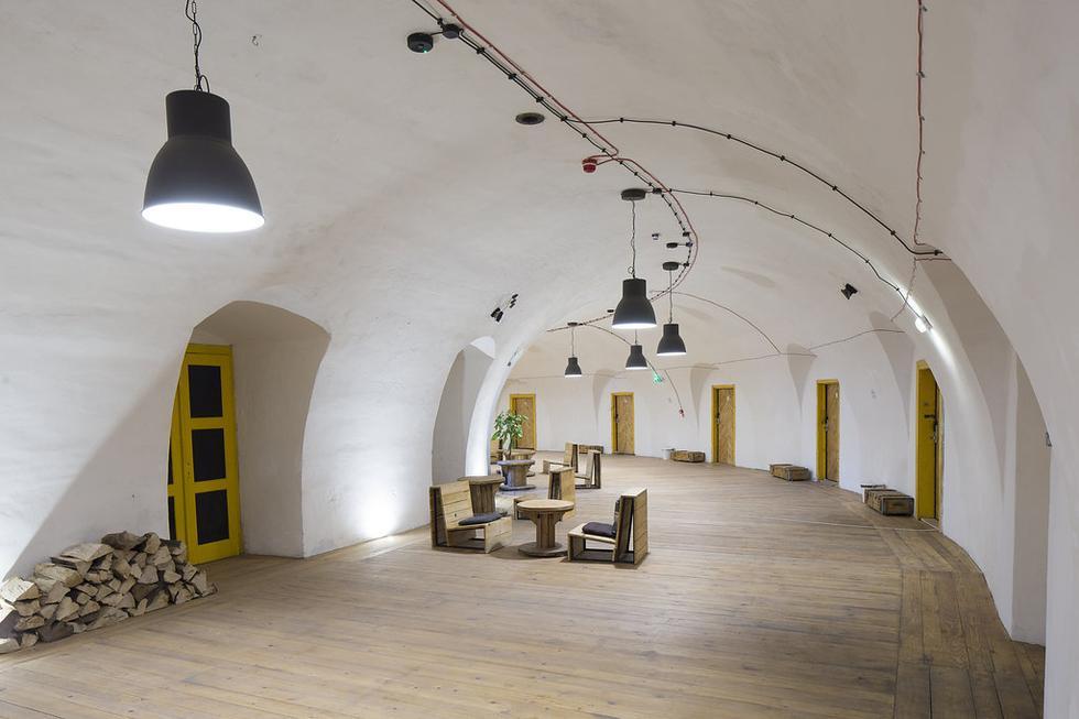 Luneta Warszawska - renowacja fortu w Krakowie