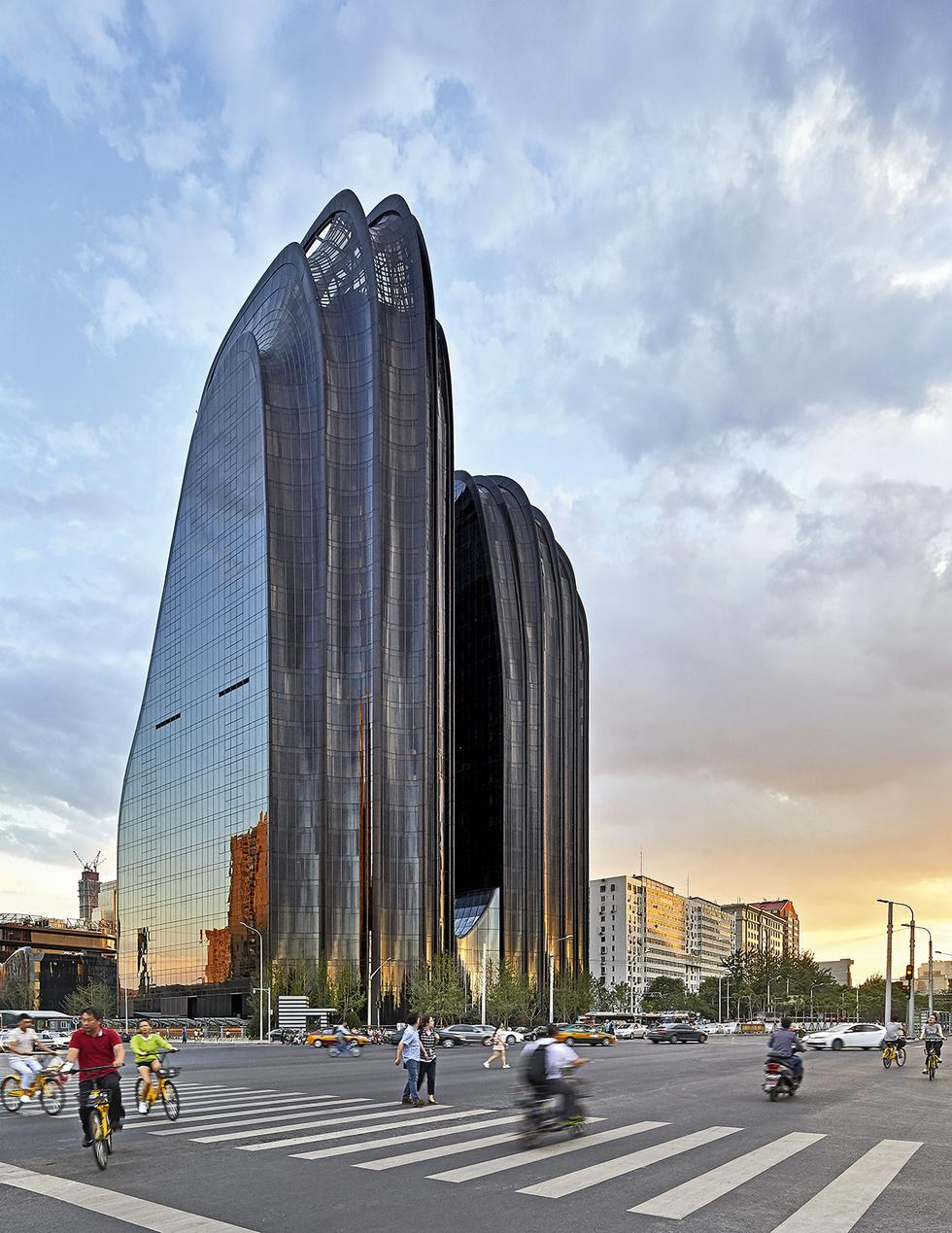 MAD_Chaoyang Park Plaza_by Hufton+Crow_13