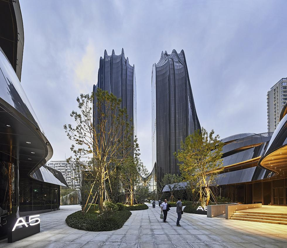 MAD_Chaoyang Park Plaza_by Hufton+Crow_17