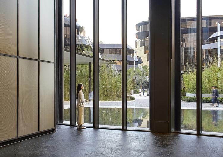 MAD_Chaoyang Park Plaza_by Hufton+Crow_23