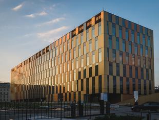Zespół biurowy High Five w Krakowie – nowa realizacja nsMoonStudio
