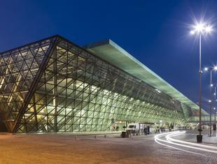 Terminal Kraków-Balice z systemami Aluprof