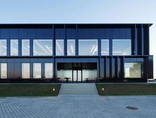 Siedziba Pivexin Technology koło Raciborza – nowa realizacja MUS Architects