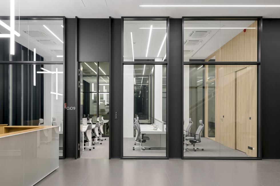 Biuro i hurtownia farmaceutyczna w Piszu