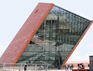 Ikona historii, ikona miasta – Muzeum II Wojny Światowej w Gdańsku