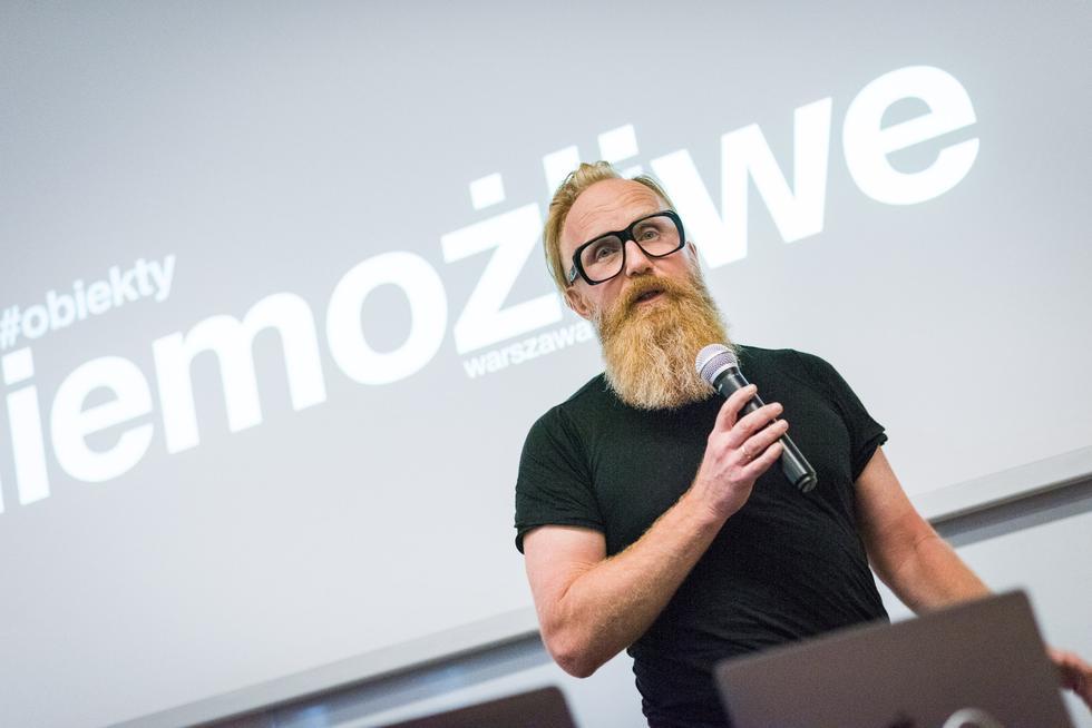 Przemo Łukasik podczas wykładu, fot. Jędrzej Sokołowski