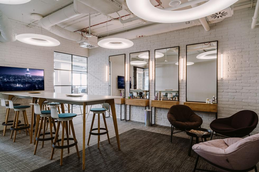 Trzop Architekci zaprojektowali biuro firmy L'Oreal w Browarach Warszawskich