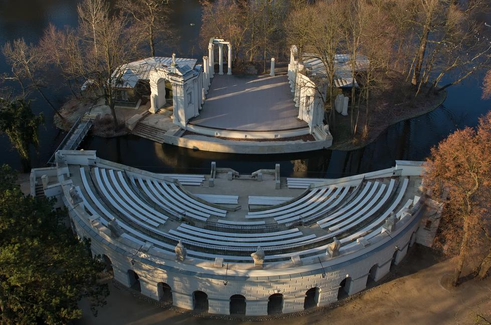 Zadaszenie Amfiteatru W łazienkach Królewskich Konkurs