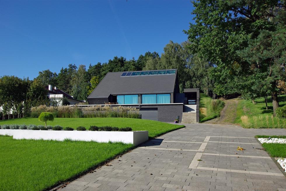 Dom na skarpie w Płocku