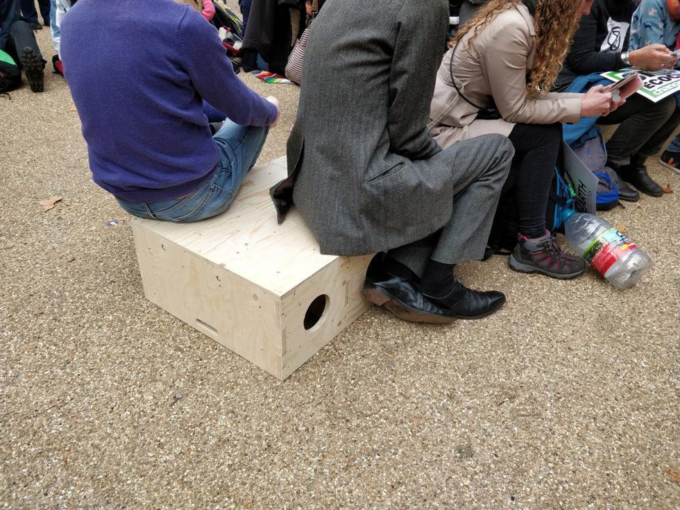 extinction-rebellion-protest-architecture-u-build-modular-boxes-_dezeen_1704_col_4-1376x1032