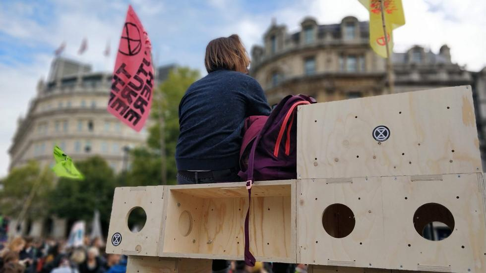 extinction-rebellion-protest-architecture-u-build-modular-boxes-_dezeen_1704_hero_a-1704x959