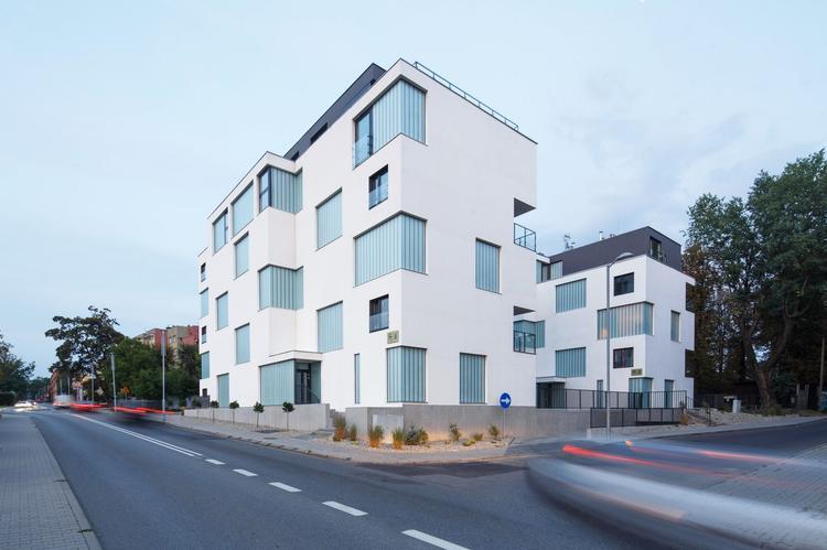 Zlota_ Zalewski Architecture Group 14 (Copy)