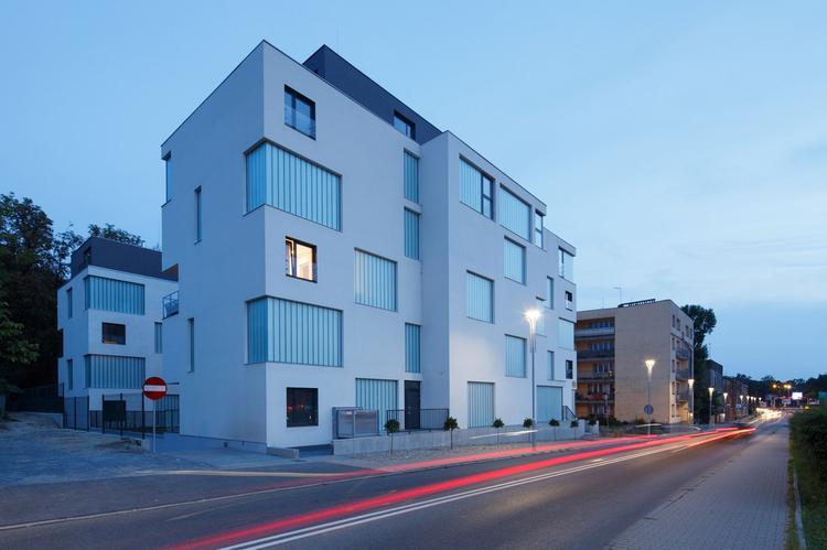 Zlota_ Zalewski Architecture Group 17 (Copy)