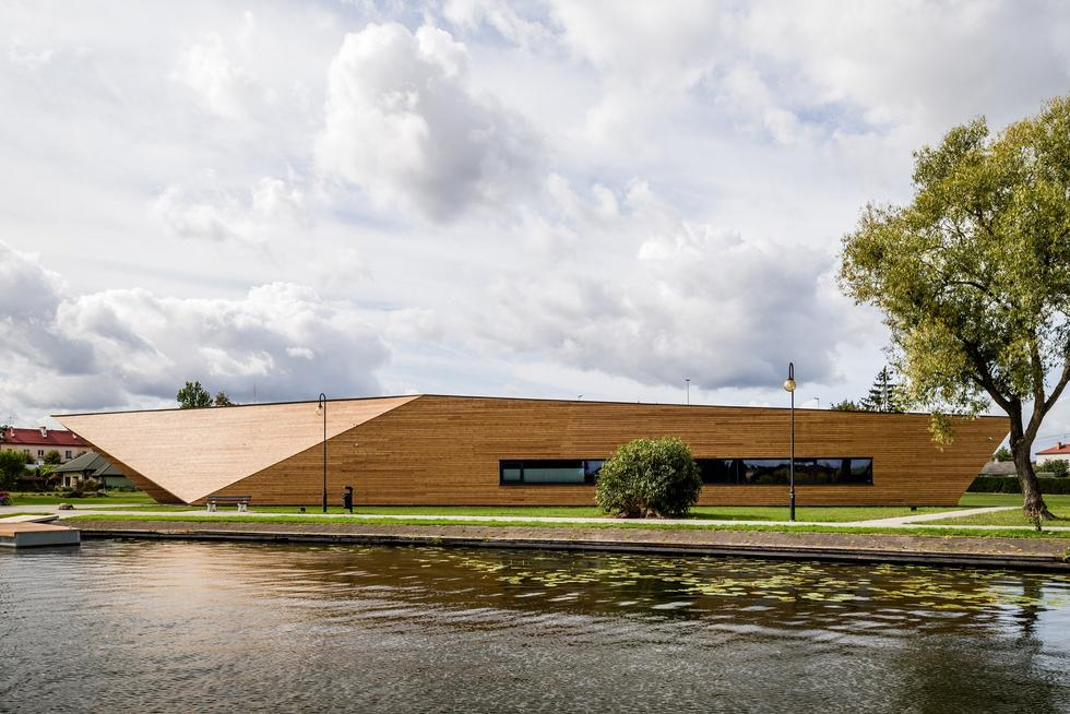 Baza kajakarska w Augustowie: ośrodek sportów wodnych nad Nettą