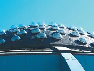 Światło, bryła, sztuka: życie w architekturze według FAKRO