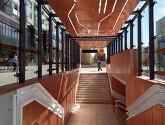 Nowe stacje metra projektu biura Kazimierski i Ryba oraz Archinauci już otwarte