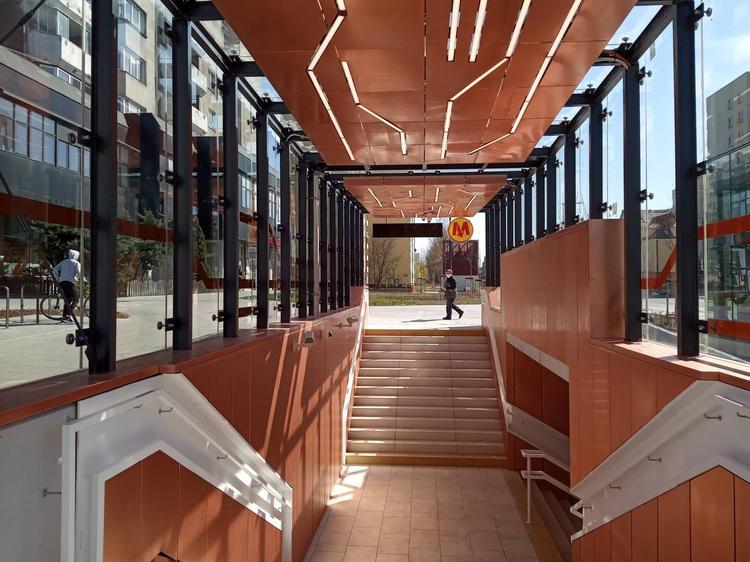 Nowe stacje metra projektu biura Kazimierski i Ryba już otwarte