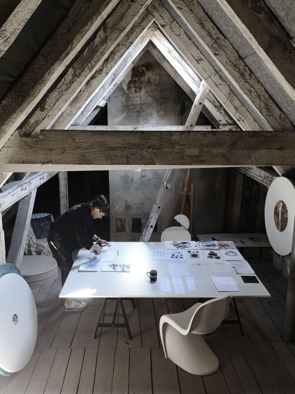 Koronawirus a architektura wnętrz – raport  OKK! PR