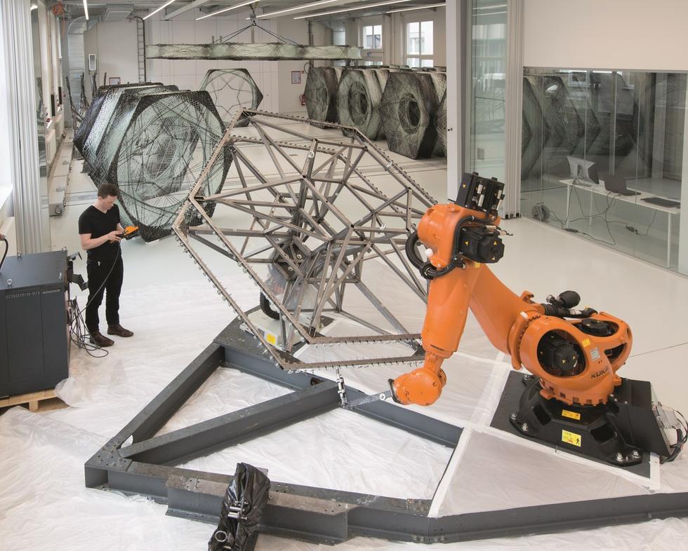 Cyfrowa fabrykacja w praktyce: eksperymentalne pawilony z ICD Stuttgarcie i ETH w Zurychu