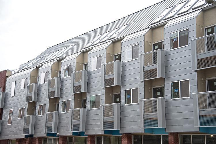Dom wielorodzinny w Richmond  projektu pracowni ADO