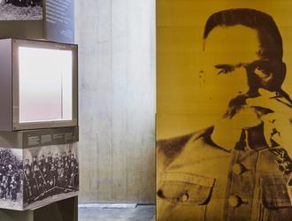 Wystawa w Muzeum Piłsudskiego na dzień przed otwarciem [GALERIA]