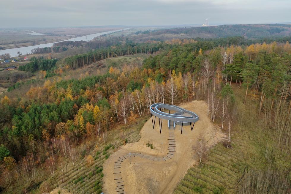 Taras widokowy w Widuchowej: nowa platforma widokowa na Pomorzu Zachodnim