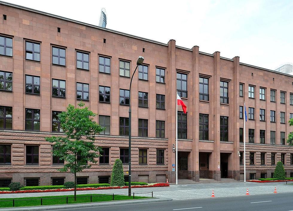 MSZ ogłasza przetarg na projekt biurowca w centrum Warszawy: architekci zbulwersowani