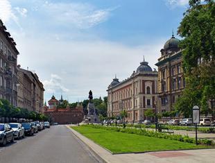 Plac Matejki w Krakowie: reprezentacyjna przestrzeń przyjazna mieszkańcom