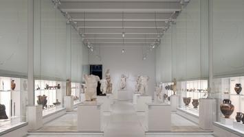 Galeria Sztuki Starożytnej projektu Nizio Design International: fotospacer po zmodernizowanych wnętrzach