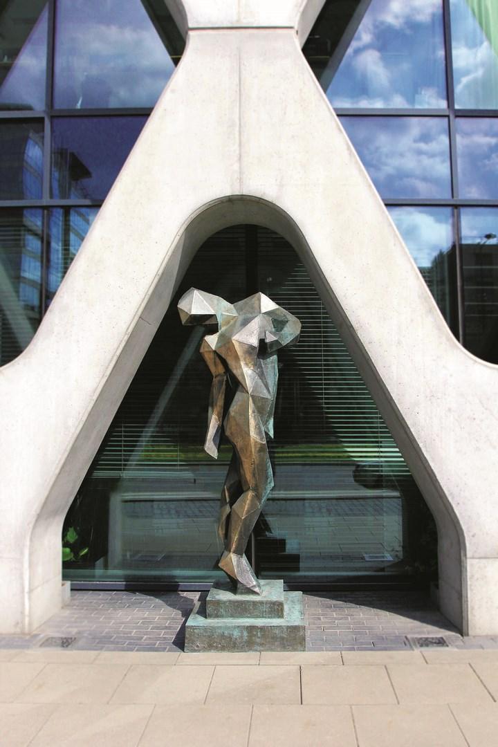 Rzeźba w mieście:  Paweł Orłowski