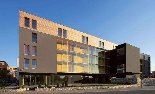 Zespół mieszkaniowy na osiedlu Bażantów w Katowicach \ A housing group in the Bażantów Estate in Katowice
