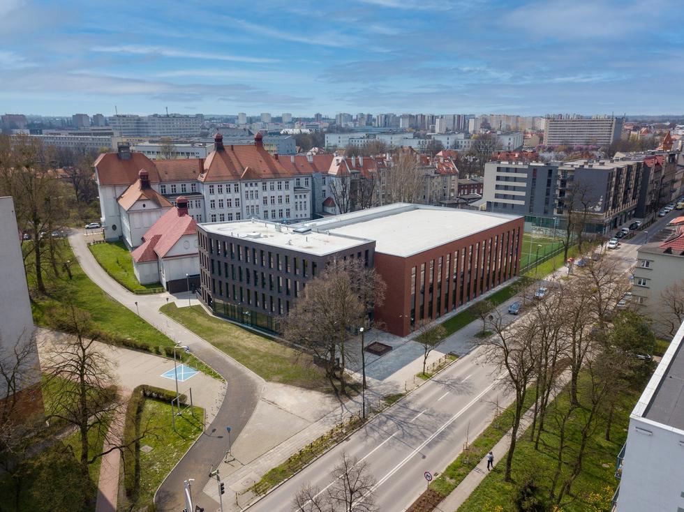 Rozbudowa liceum im. Edwarda Dembowskiego w Gliwicach