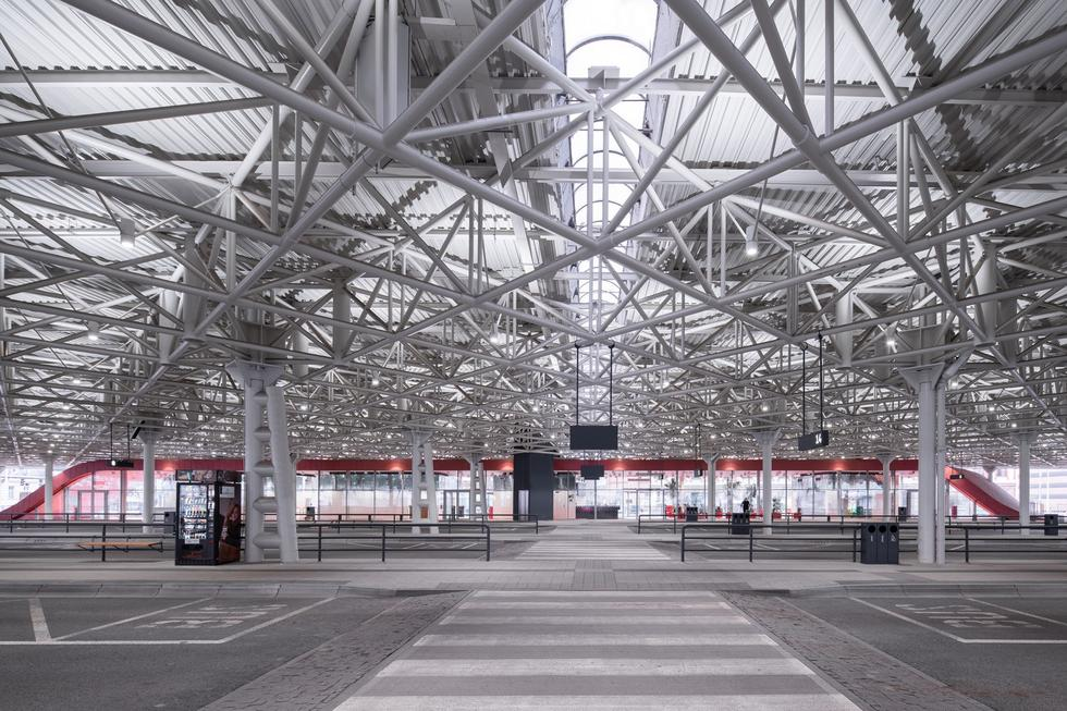 Terminal Autobusowy Zvonarka w Brnie: czeski brutal od nowa