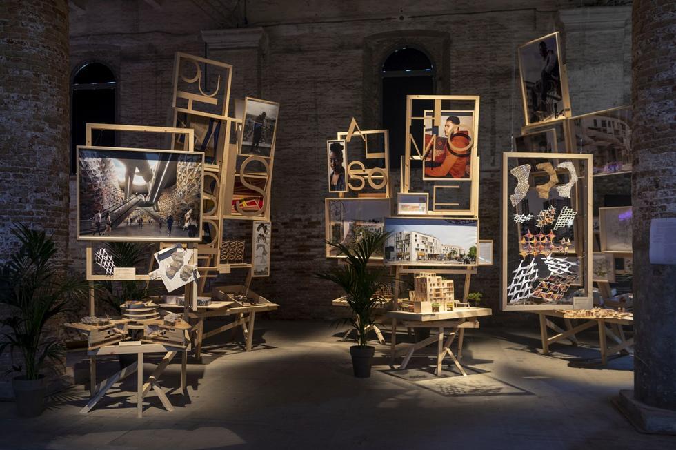 Biennale architektury w Wenecji 2021: miniprzewodnik Marcina Bratańca i Urszuli Forczek-Brataniec
