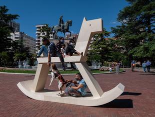 Dość patriarchalnych symboli w przestrzeni publicznej! Pomnik konny Izy Rutkowskiej