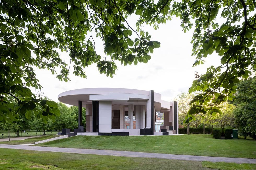 Decentralizacja architektury – rozmowa z Natalią Grabowską, kuratorką Serpentine Pavilion