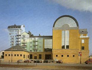 NOMINACJA: budynki mieszkalne z usługami przy ul. Limanowskiego