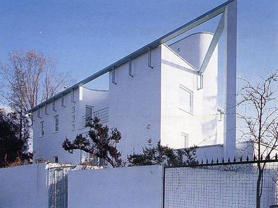 NOMINACJA: dom jednorodzinny na Saskiej Kępie