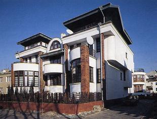 Domy jednorodzinne w zabudowie szeregowej przy ul. Genewskiej